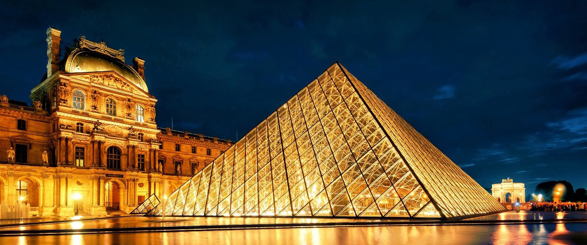 Paris_Le_Louvre1